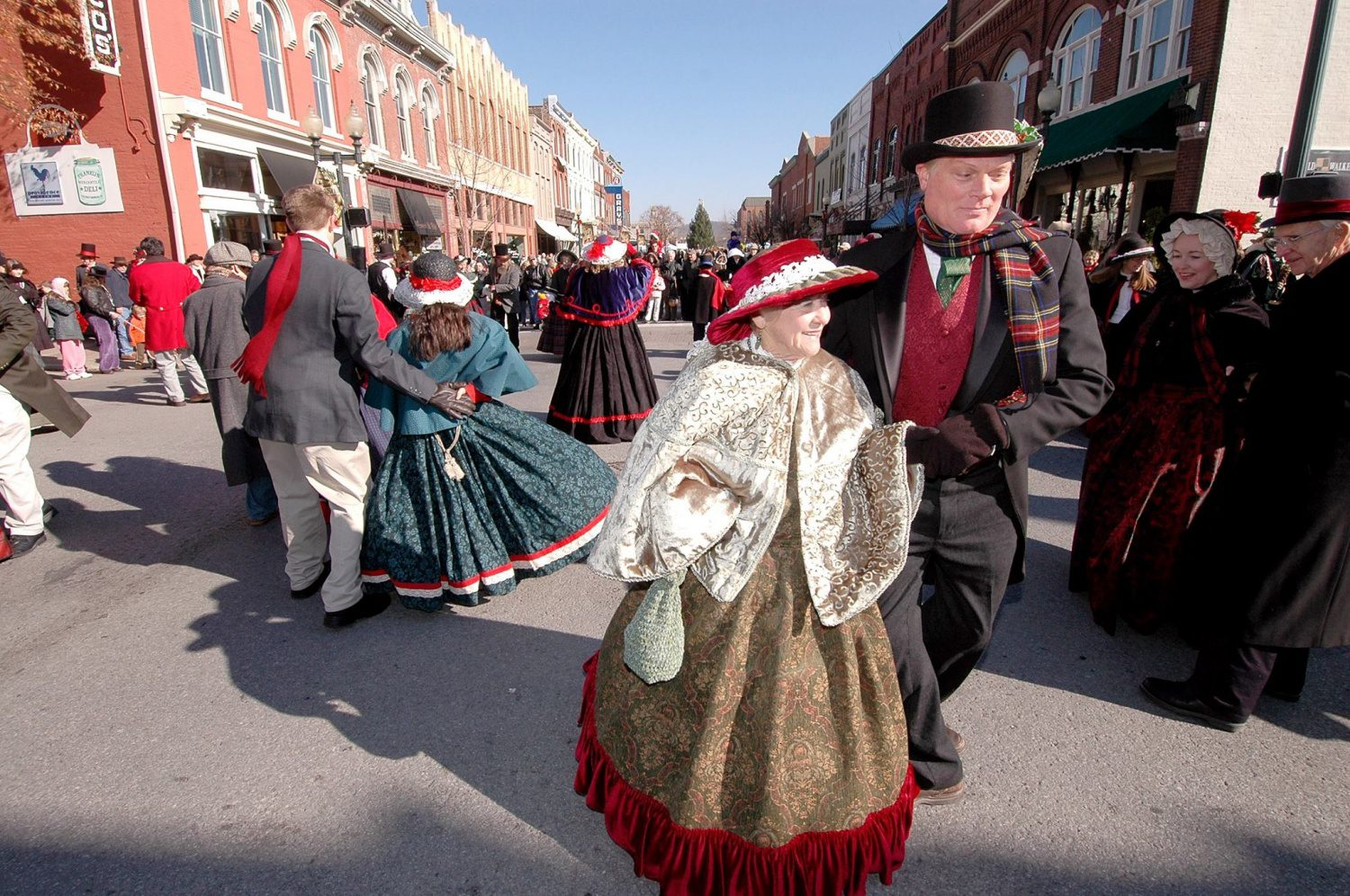Nissan Cookeville Tn >> Downtown Franklin to Be Transformed for 31st Annual Dickens of a Christmas Celebration ...